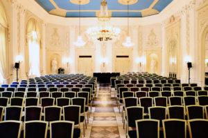 Sie Planen eine Tagung oder Konferenz, dann sind Sie bei uns im La Redoute in Bonn genau richtig.