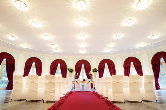 Ihre individuelle Hochzeit bei uns in der La Redoute in Bonn Bad Godesberg. Wir freuen uns auf Sie!