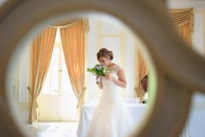 Für die Braut ist eine perfekt organsierte Hochzeit sehr wichtig und die La Redoute begleitet sie in allen Phasen, um ein unvergessliche Erlebnis zu schaffen.