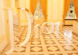 Die Luxusmarke Dior nutzt die La Redoute in Bonn Bad Godesberg für zum Beispiel Modeshows und vielem mehr.