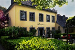 Speisen Sie in unserem Restaurant Redüttchen direkt neben der La Redoute in Bonn.